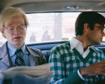 Andy Warhol no banco de trás de um táxi