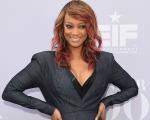 Tyra Banks é mãe pela primeira vez