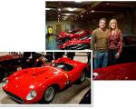 O casal e sua mais nova Ferrari