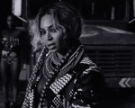 Além da queridinha trança boxeadora, Beyoncé apareceu com 13 opções de cabelo no novo álbum Lemonade