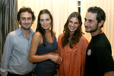 Jack Vartanian, Cassia Ávila, Sabrina Gasperin e Ara Vartanian