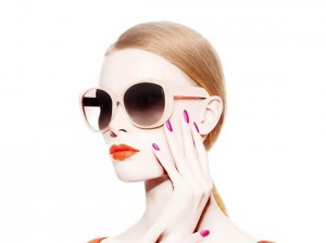 Dior lança linha de esmaltes e gloss colorida e inspiradora