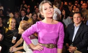 Fernanda Souza renova guarda-roupa em Miami e volta a usar jeans