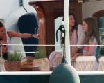 Gad Elmaleh conversa com a namorada Charlotte Casiraghi ao lado de Tatiana Santo Domingo e Alexandra de Hannover