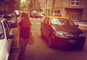 Fernanda Souza apresenta uma de suas cidades favoritas a Thiaguinho