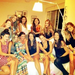 """Uma turma de glamurettes cariocas se reuniu para um """"Miolo Oculto"""". Entenda!"""