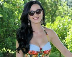 Katy Perry revela como consegue ficar em forma. Haja suplemento…