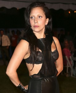 Lady Gaga: adeus ao visual extravagante e perucas coloridas?