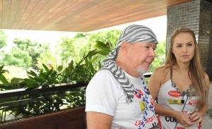 """Duda Mendonça: """"Minha religião não permite trabalhar antes do Carnaval"""""""