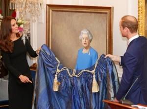 Revelado o novo retrato da rainha Elizabeth II. Confira este e os mais icônicos