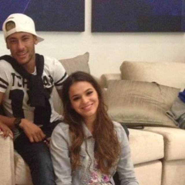Neymar e Bruna Marquezine: mais um encontro em tempos de ...