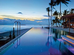 Conheça o hotel nas Maldivas que se tornou o paraíso dos bilionários