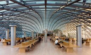 Conheça as 10 bibliotecas com os designs mais incríveis pelo mundo
