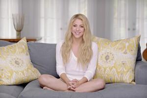 Shakira mergulha no universo infantil com projeto da Fisher-Price. Play!
