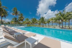 Hotel Sheraton Reserva do Paiva inaugura primeiro beach club de Pernambuco