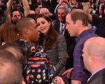 Rolêzinho real: Beyoncé e Jay-Z tietam William e Kate em Nova York