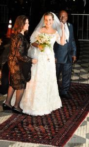 Fernanda Souza e Thiaguinho se casam em São Paulo com chuva de famosos. Vem ver!
