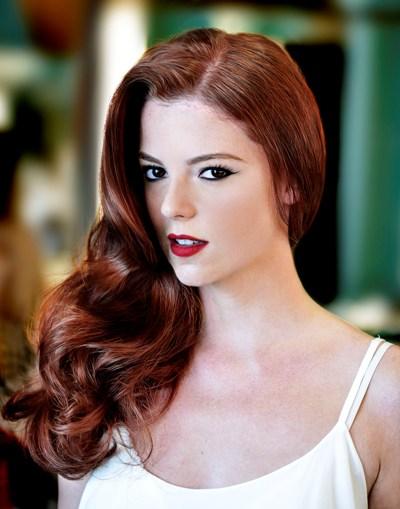 A modelo Juliana Rakoza por Wanderley Nunes || Crcéditos: Junior Schön / Divulgação