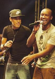"""""""Perdemos um guerreiro"""", diz Neymar sobre Thiaguinho"""