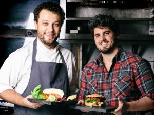 Thomas Troisgros expande seu negócio com Rony Meisler no Rio