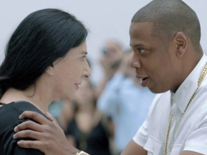 Marina Abramovic declara guerra a Jay Z. O babado todo, aqui!