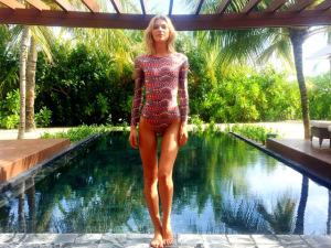 Que dureza… Os dias de labuta de Aline Weber nas Ilhas Maldivas