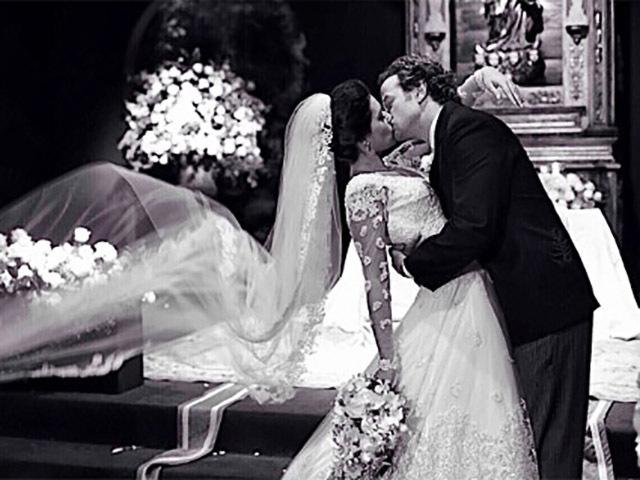 Bom Dia com essa foto linda dos noivos por @cissasannomiyafotografia ! #casamentolueoctavio