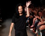 Alexander Wang após desfile de sua marca homônima durante a semana de moda de Nova York, em setembro de 2014