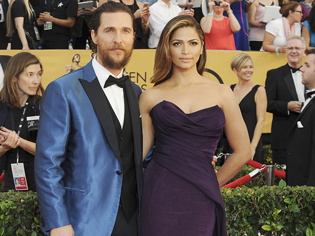 LOS ANGELES, CA - JANUARY 25:  Matthew McConaughey and Camila Alves attend the 21st Annual Screen Actors Guild Awards at the Shrine Auditorium on January 25, 2015 in Los Angeles, California.  (Photo by Amy Graves/WireImage)