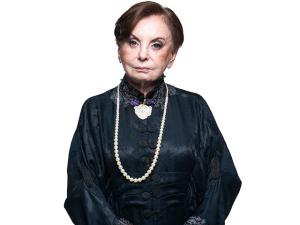 """Beatriz Segall completa 89 anos nos palcos: """"Sou muito moça"""""""