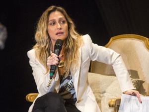 Amora Mautner explica como transformou novela em reality show