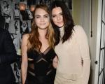 Kendall Jenner e Cara Delevingne vão aprontar na TV