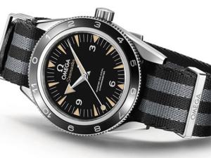 """Conheça o relógio usado por Daniel Craig no novo filme """"007"""""""