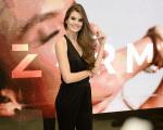 A atriz Camila Queiroz, na abertura da loja da DZARM., no Shopping Higienópolis, em São Paulo