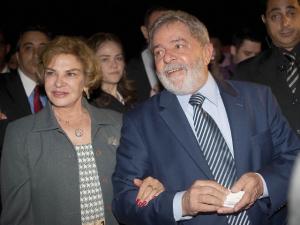 Ação da PF no escritório de Lulinha estremece relação de Lula e Dilma