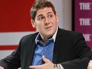 Empresa de Eduardo Saverin é processada por startup de táxi aéreo