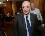 O ex-governador de São Paulo, senador José Serra, evitou reagir a críticas e ironias sobre seu post