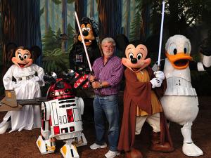 """Disney lucra (e muito) com """"Guerra nas Estrelas: O Despertar da Força"""""""