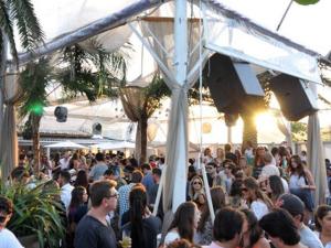 Glamurama entrega a agenda do Cafe de La Musique Floripa no Carnaval