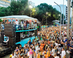 Banda Baiana System agita o carnaval de Salvador