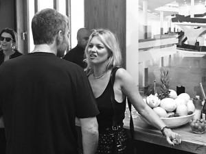 Com Tisci, Marc Jacobs e Naomi, os detalhes do almoço para Kate Moss em SP