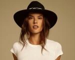 Alessandra Ambrosio, uma das mulheres mais bonitas do mundo compartilha suas dicas de beleza