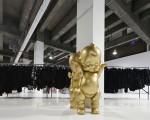 Além das peças Comme Des Garçons é possível encontrar objetos de design da Dover Street Market por até 80% de descontos