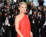 Kate Moss, em Cannes, com cara de poucos amigos