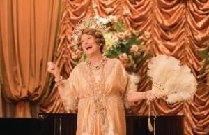 Meryl Streep aprendeu a cantar errado para viver socialite em novo filme