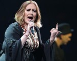 Adele nesse sábado no Glastonbury Festival