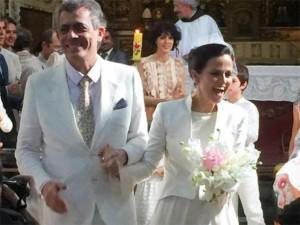 Com bênção de Bethânia, Mari Stockler e Carlito Carvalhosa oficializam união