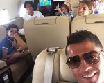 Cristiano Ronaldo e  família rumo a Ibiza
