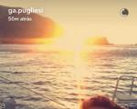 Gabriela Pugliesi e Erasmo Viana ficam noivos durante passeio de barco em Santorini
