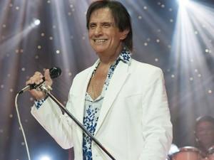 Forte gripe faz com que Roberto Carlos adie shows São Paulo